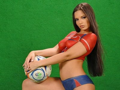 Painted_World_Cup_Football_Soccer_Girl_14